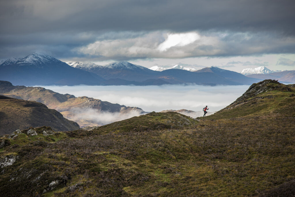 Runners on the Loch Ness 360 trail